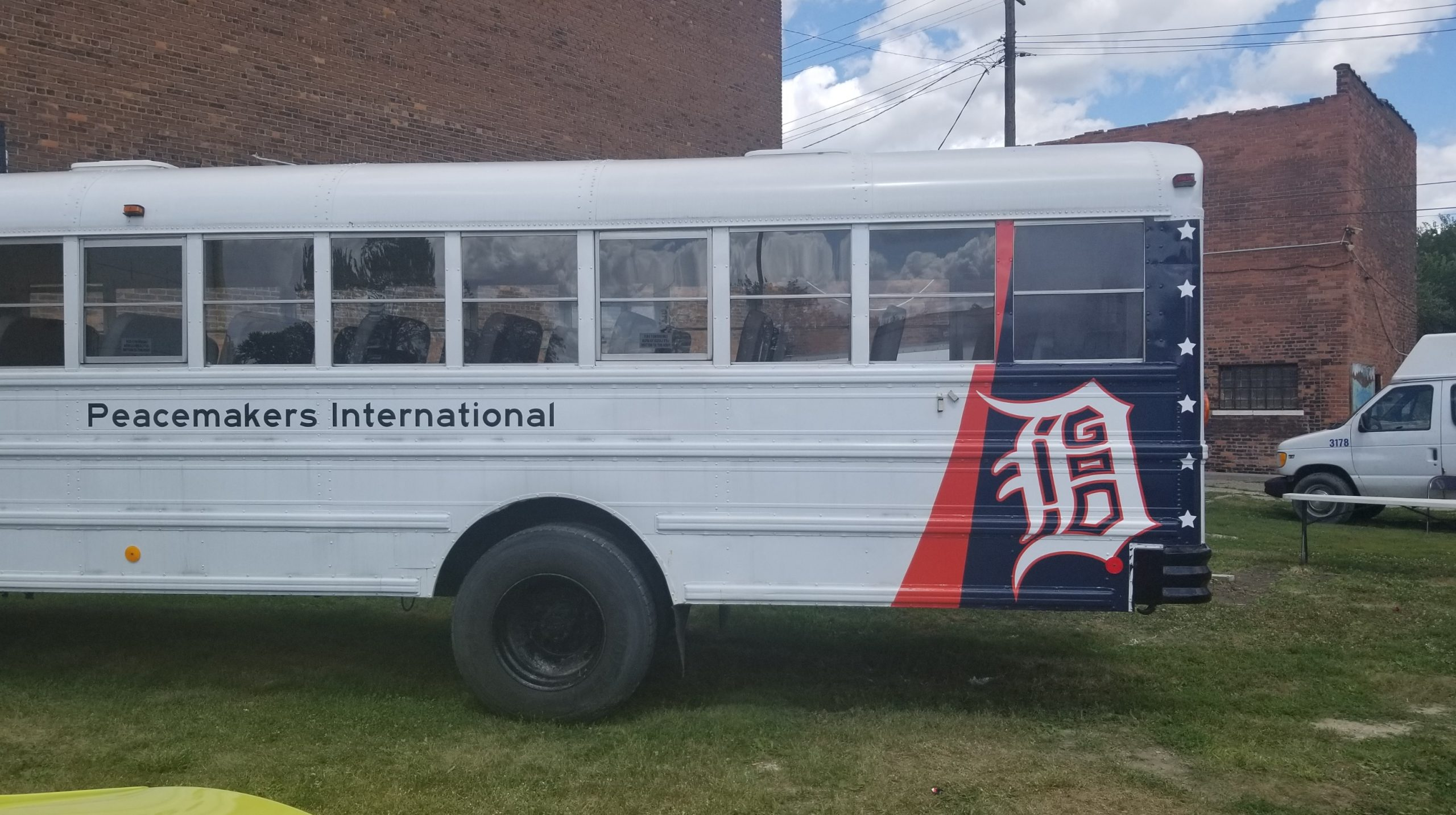 Peacemakers International - Bus Tail Wrap - 13