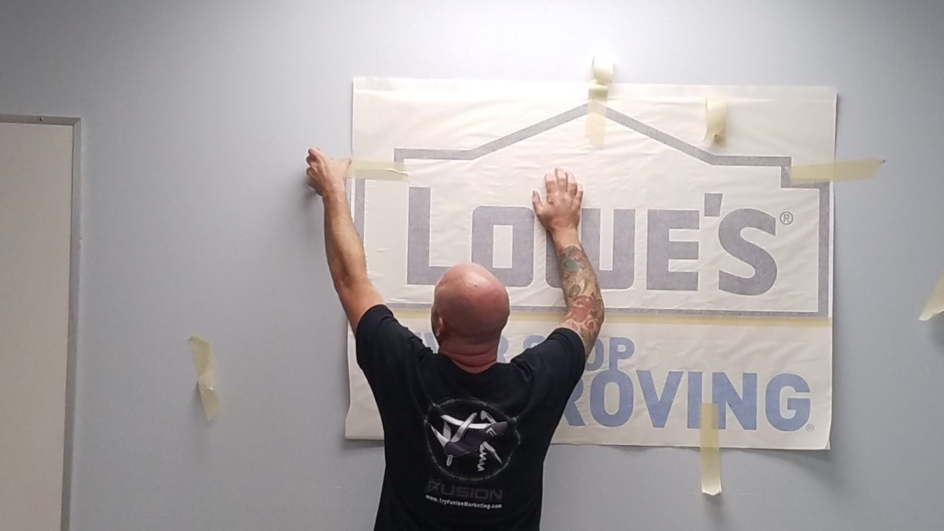 Lowes - Vinyl Wall Graphics (1)